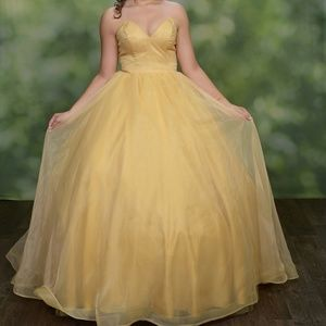Buttercup yellow / Gold prom dress from promlily m